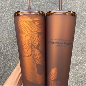 ✨🆕✨ 2x Starbucks Pike Place Soft Touch Siren Cups